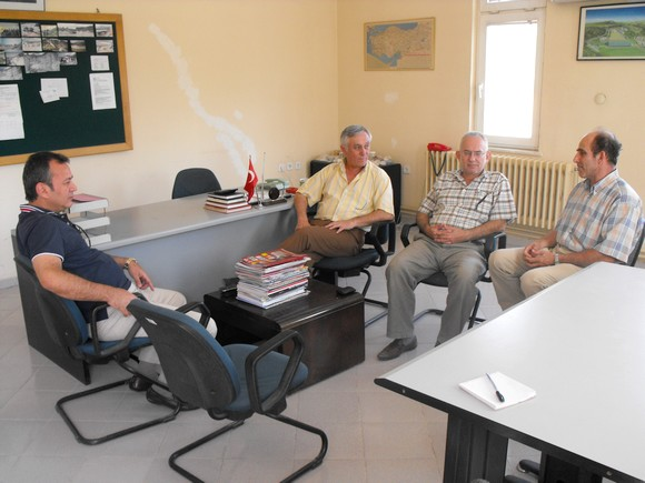 5 Ağustos 2009 çarşamba günü MİTSO Yönetimi, Toprak Holding çalışanlarına destek ziyaretinde bulundular.