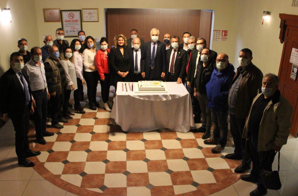 MİTSO Meclisinde Milas zeytinyağına AB coğrafi işareti pasta ile kutlandı: MİLAS ZEYTİNYAĞINDA MİTSO'NUN ŞİMDİKİ HEDEFİ İHRACAT